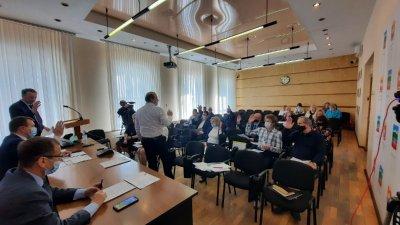Собрание депутатов согласовало прекращение полномочий Валерия Гергедава